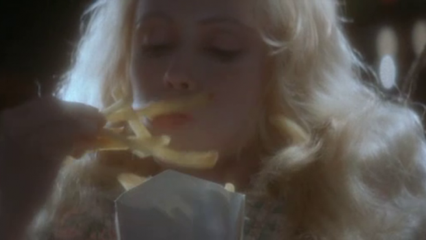 Cita con un ángel patatas fritas